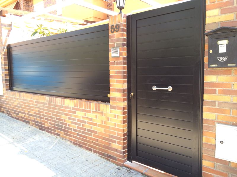Puertas marver cancelas de aluminio soldado y puertas - Puertas para jardin de aluminio ...