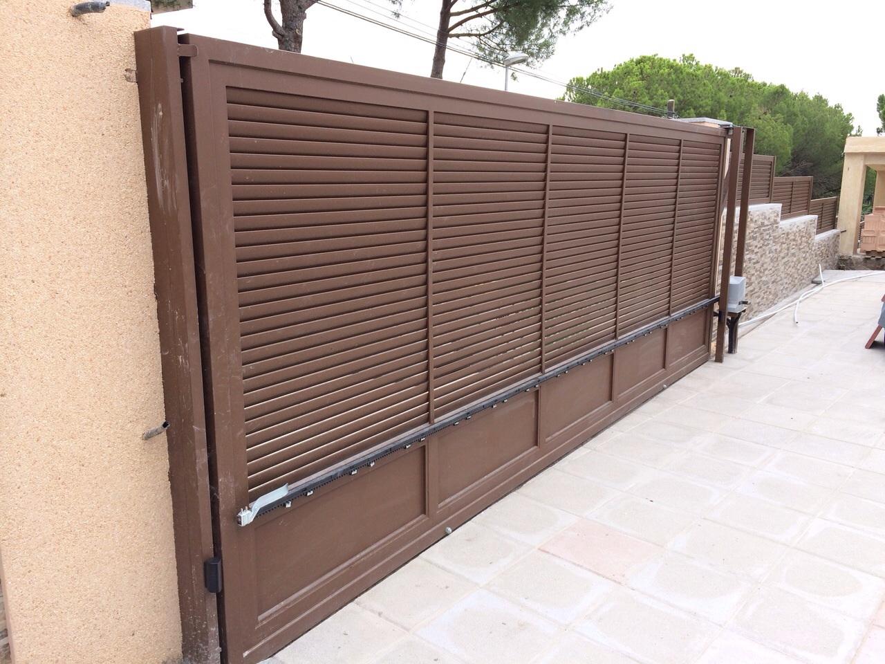 Febrero 2015 marver aluminio soldado blog grupo marver for Herrajes puertas correderas garaje
