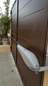 Automatismos King Gates, los mas fiables para las puertas de aluminio soldado Marver