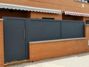 puerta y valla de aluminio soldado
