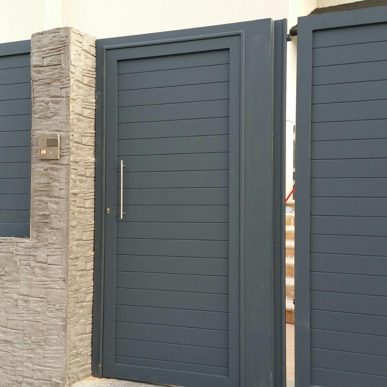 Puertas marver cancelas de aluminio soldado y puertas for Puerta zaguan aluminio