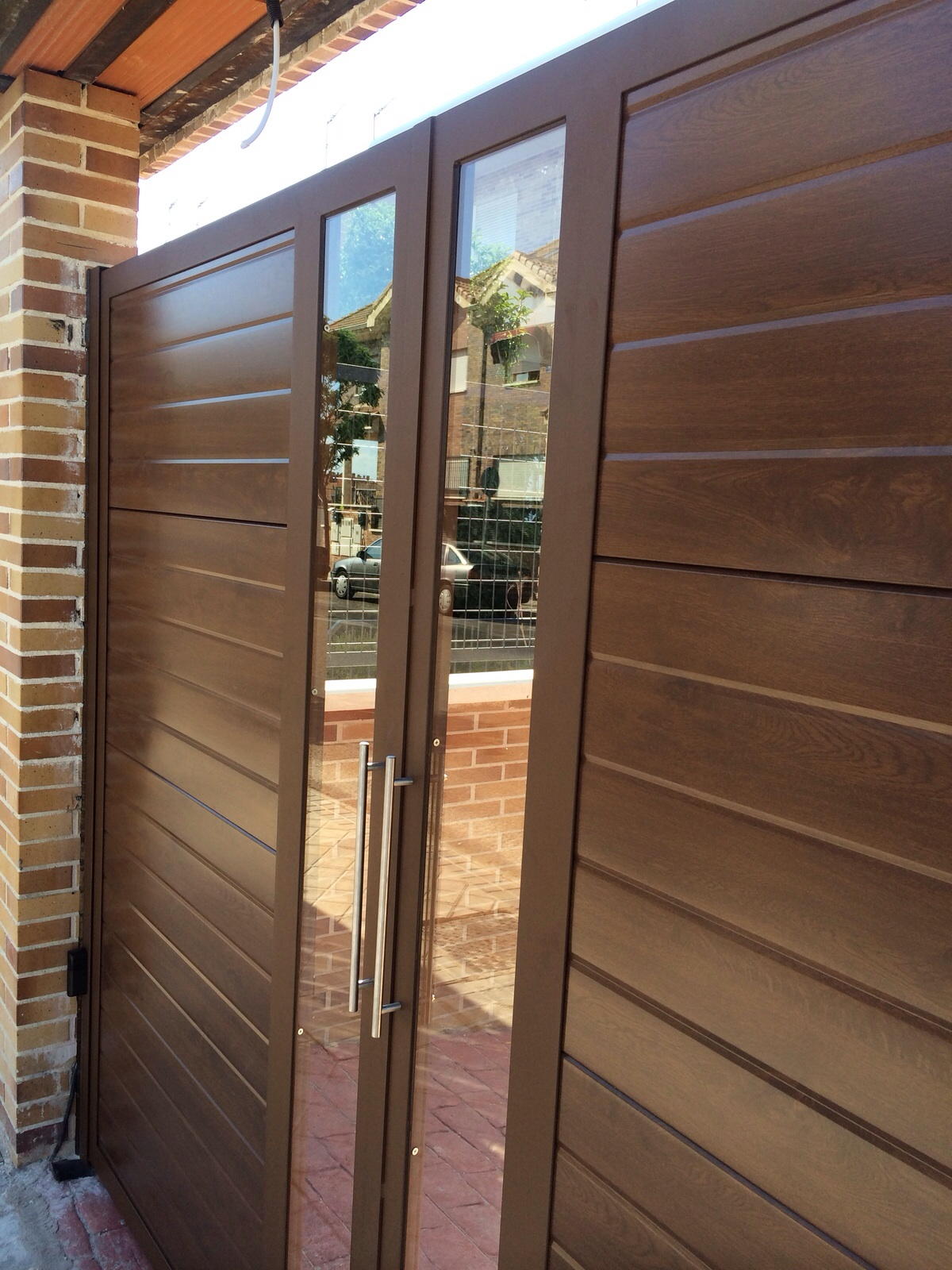 Puertas De Panel Imitaci N Madera Con Inserto De Cristal