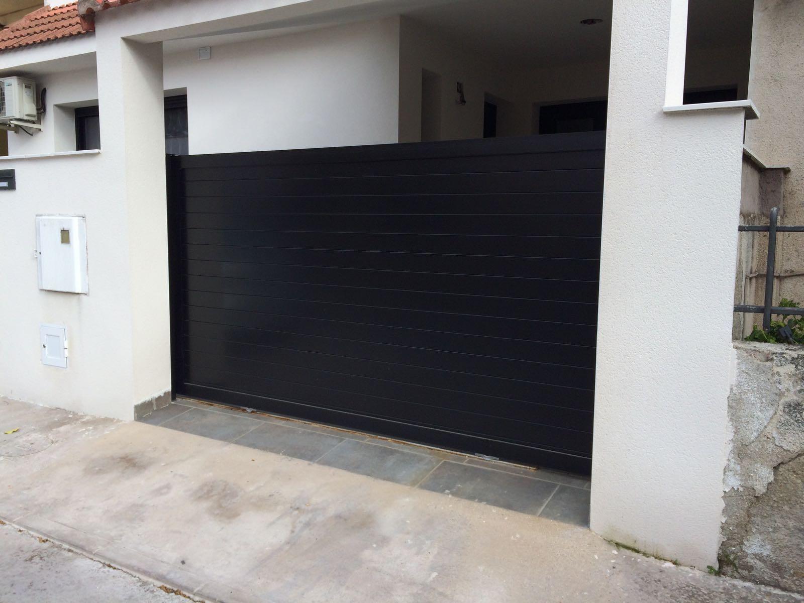 Puertas de aluminio para exterior de Marver aluminio soldado modelo