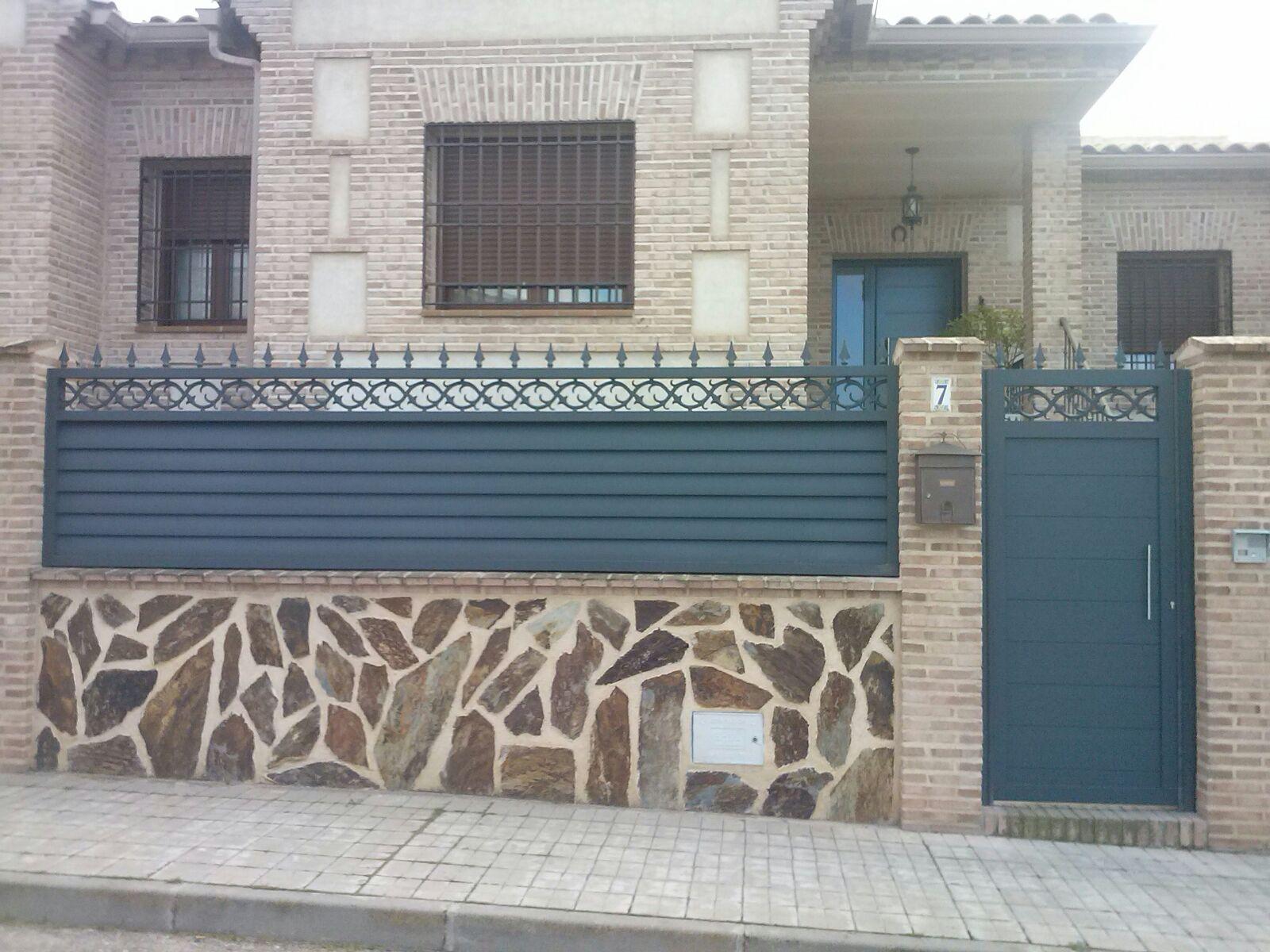 Puertas de aluminio para exterior grupo marver - Puertas para jardin de aluminio ...