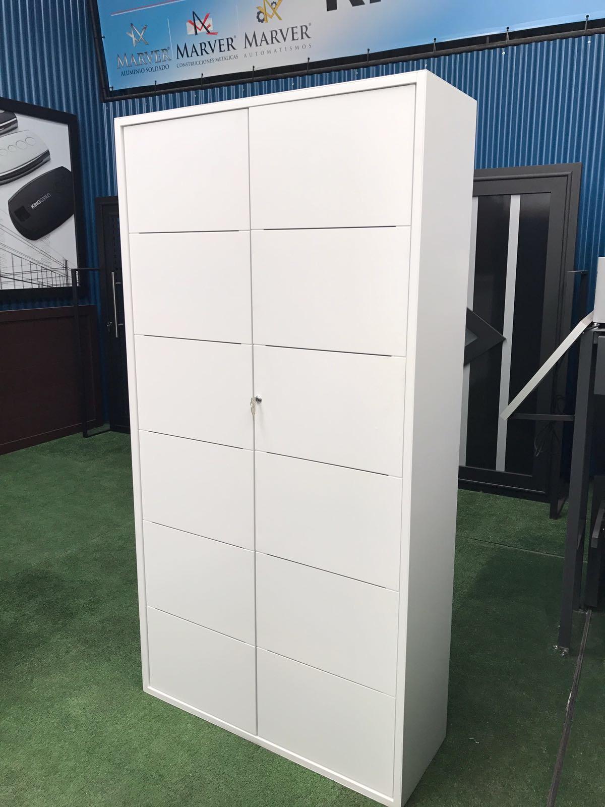 Muebles de dise o de aluminio soldado de la marca marver for Marca muebles diseno