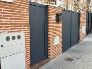 conjunto de puertas de aluminio soldado